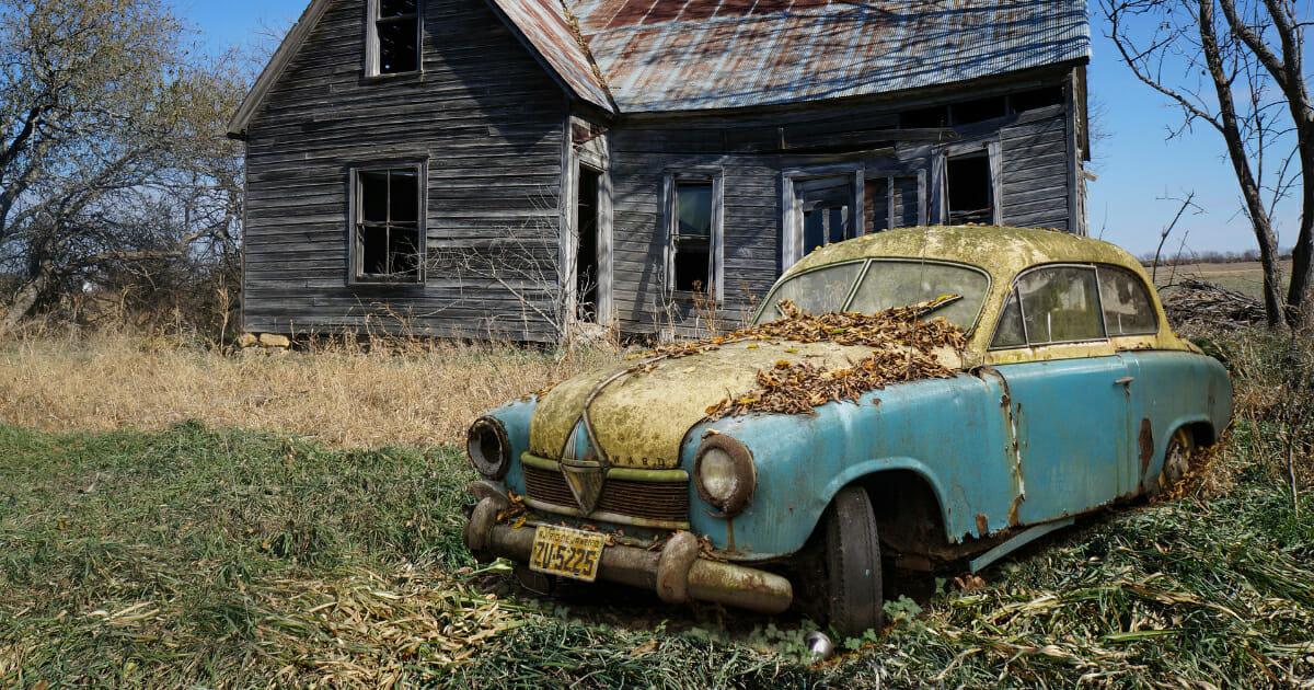 7.บริการรับซื้อรถเก่า ที่จะช่วยเข้ามาปัดเป่าความจนให้พ้นตัวคุณ